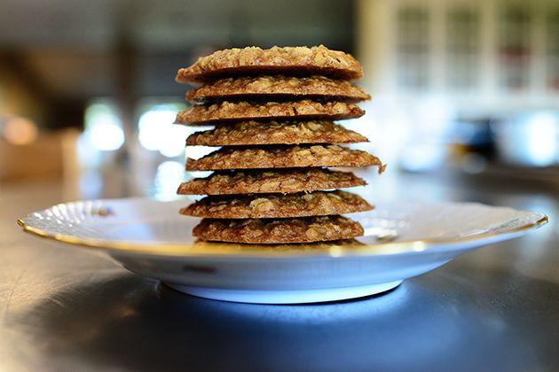 Brown Sugar Oatmeal Cookies by Ree Drummond / The Pioneer Woman, via Flickr