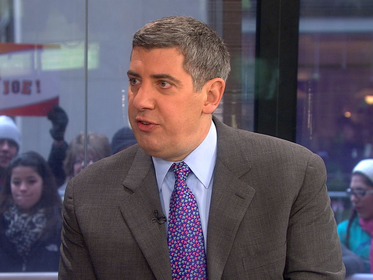 New York Times columnist Philip Galanes chats about a few