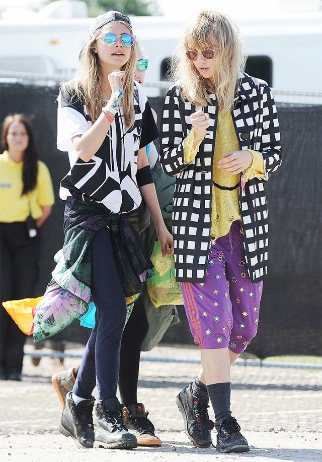 The 28 Best Looks From Glastonbury Festivals Past | WhoWhatWear.com