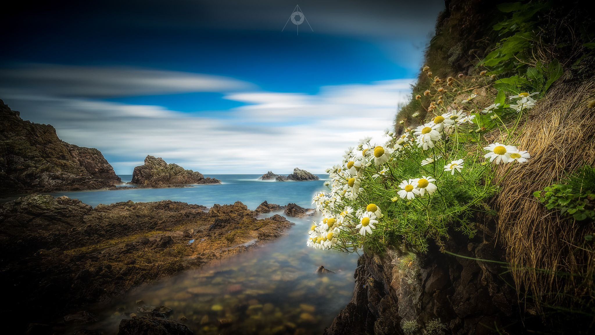 Experimental Blend - A blended long and fast exposure, landscape image of…