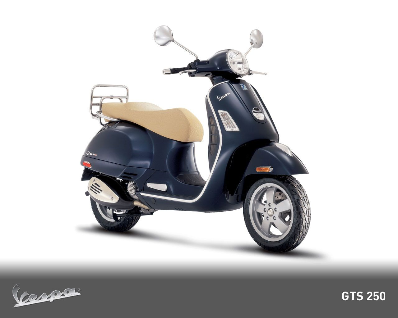 2015 vespa gts 300 range first look motorcycle usa - One Lucky Winner Will Win A 2012 Vespa Scooter Model Gts Enter Here Today Scooter Motorcycle
