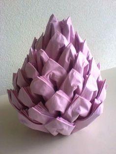 DIY Christmas Pinecone Napkin Fold #diynapkinfolding