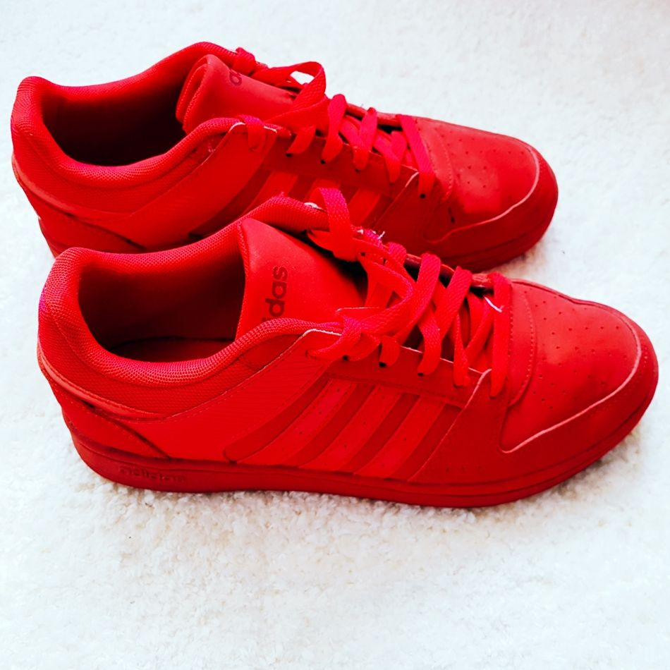 Adidas Neo rot