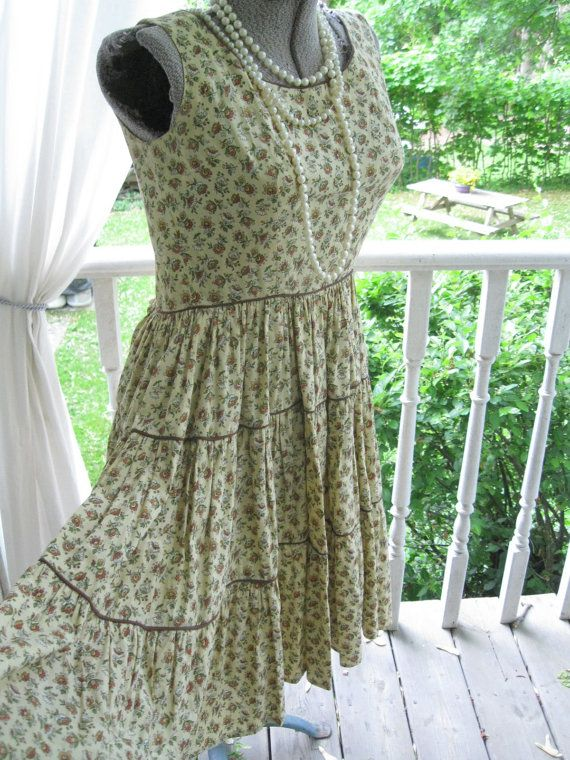 Vintage Dress Ladies Dress Sixties Size 10 by mailordervintage