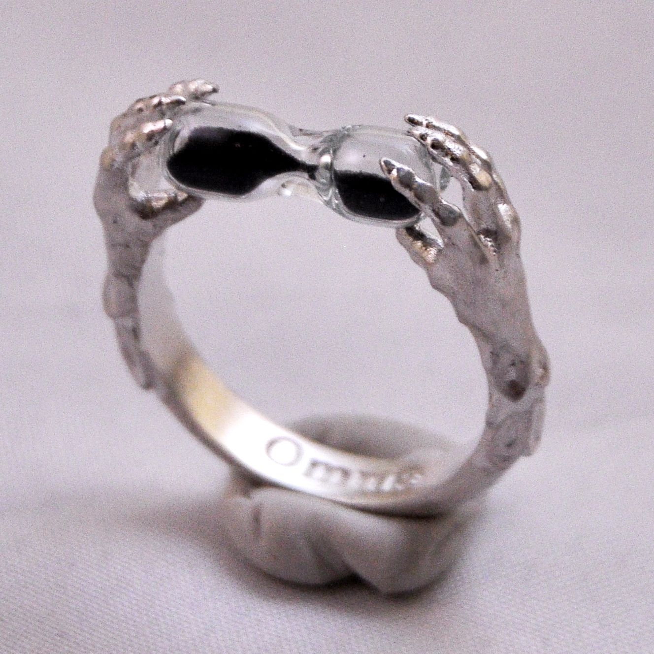 Sterling Silver Claw Ring With Black Sand Hourglass Gothic Clothing