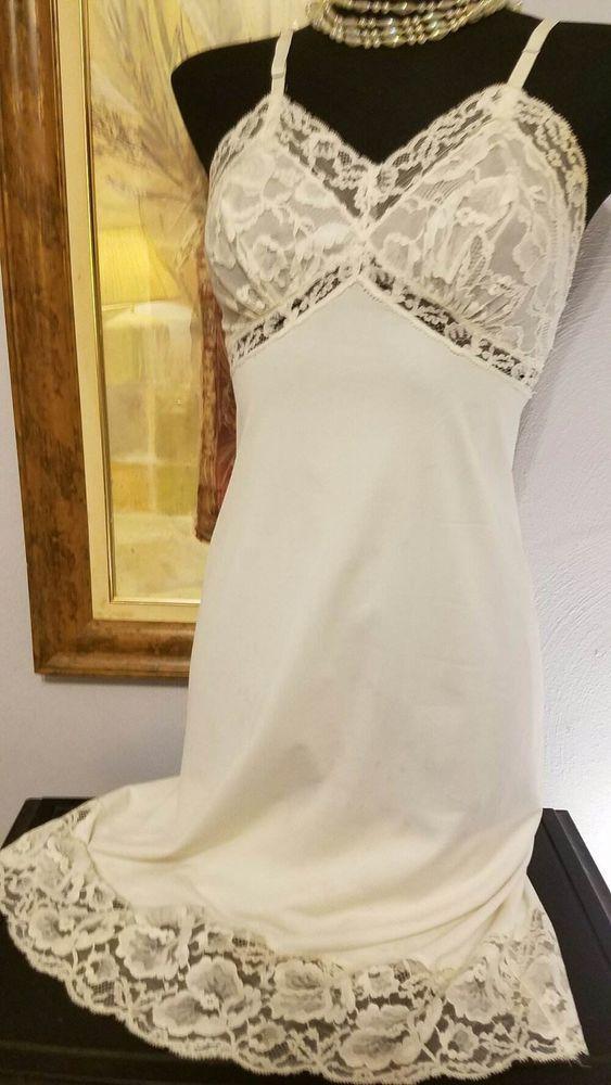 Vintage 1940's French Lace Full Slip Dress Nightgown Ivory VANITY FAIR 32 34 #VanityFair #Slip #LingerieUnderwearUnderGarment