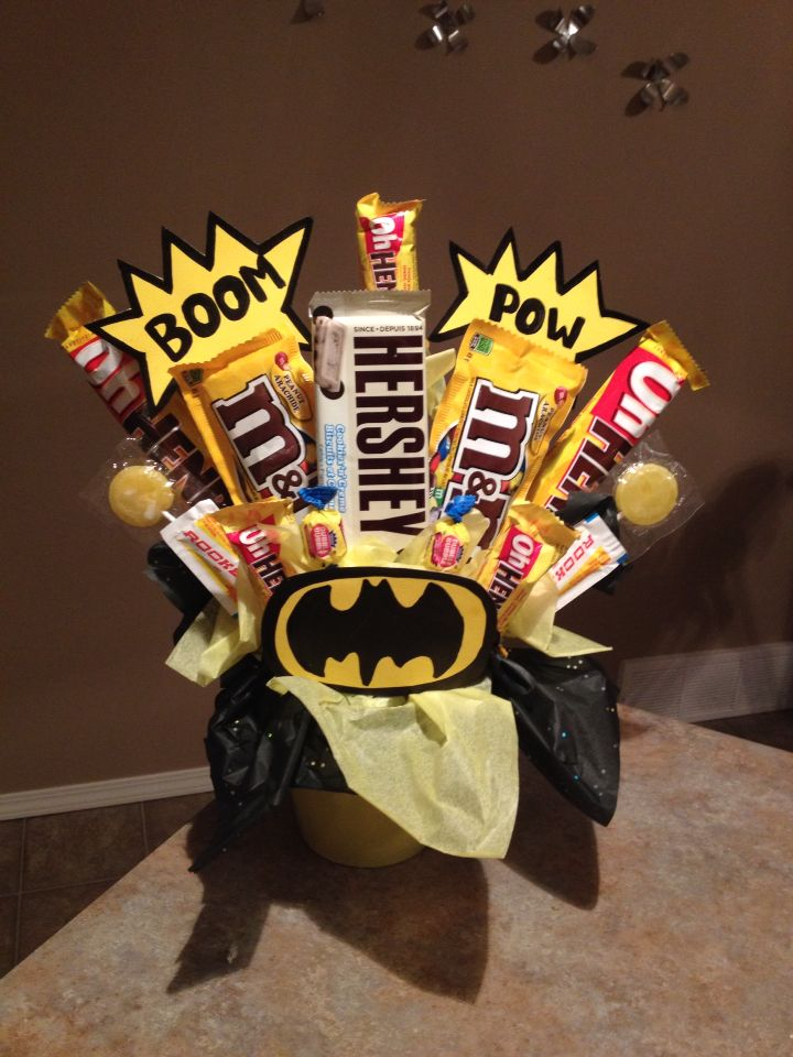 Batman candy bouquet