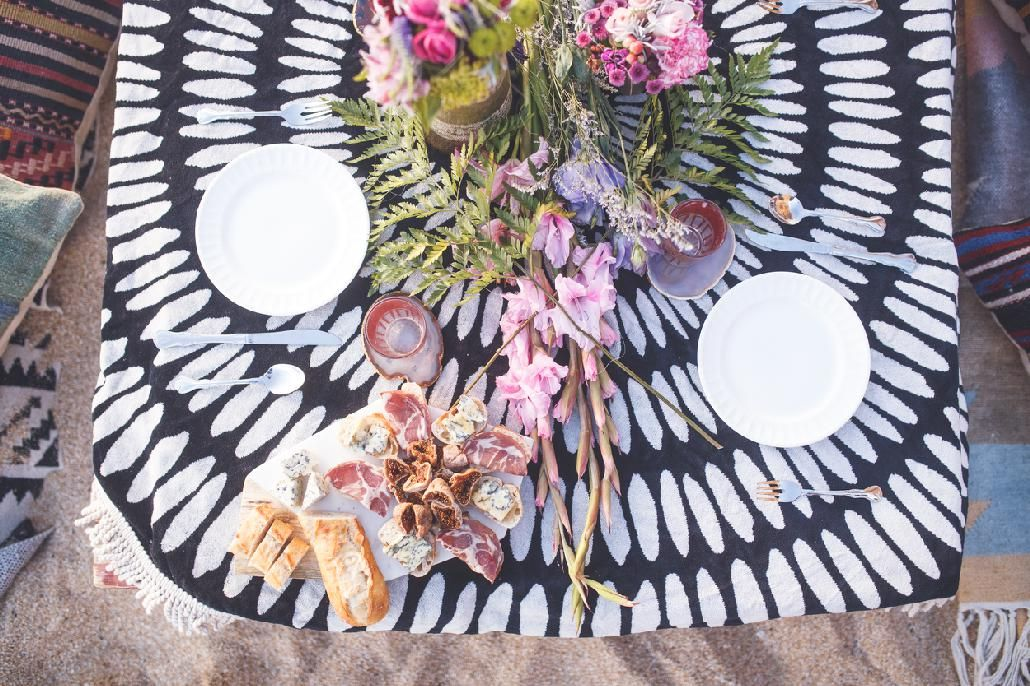 7 Secrets to A Dreamy, Instagrammable Summer Party