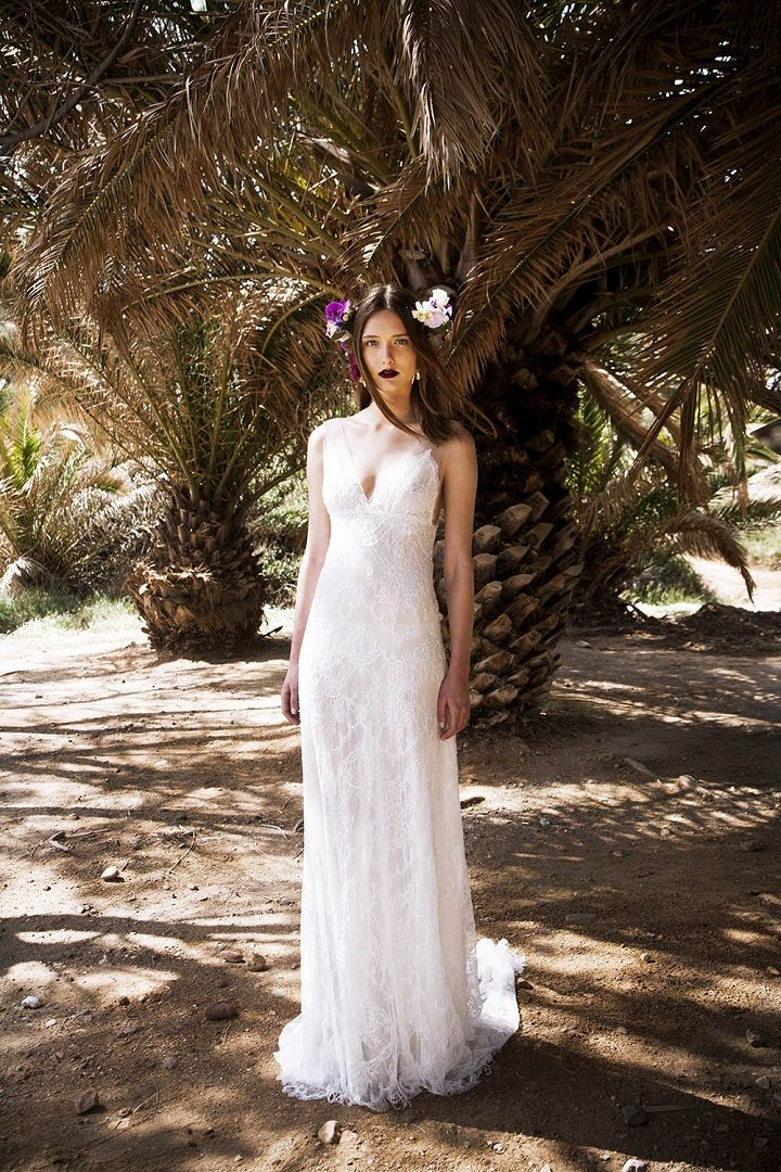 Embroidered Chantilly lace v-neck maxi dress | itakeyou.co.uk #weddingdress #maxidress #weddinggown #bridalgown #beachweddingdress