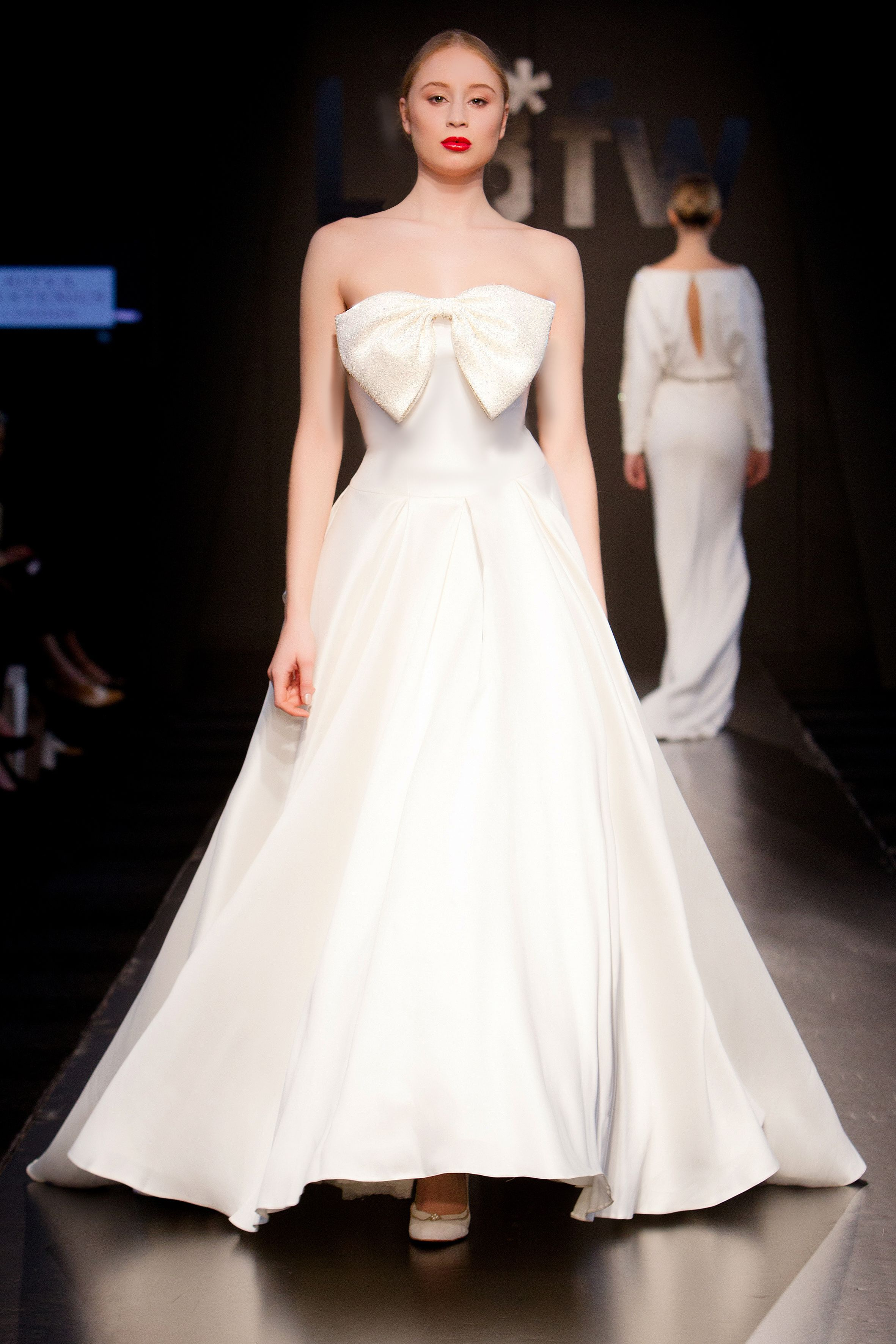 Cara mia bow wedding dress by ritva westenius lbfw bow