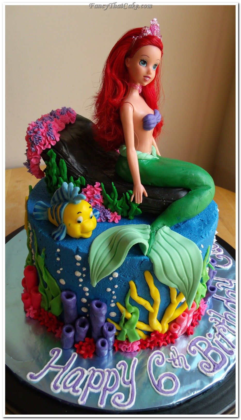 Ariel_Little_Mermaid_cake.jpg 934×1,629 pixels