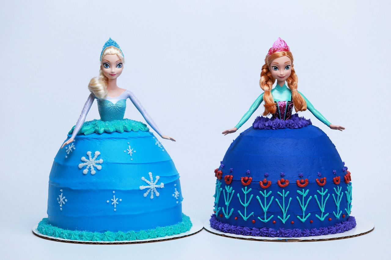 Frozen Princess Cakes From Nerdy Nummies Disneyfrozen