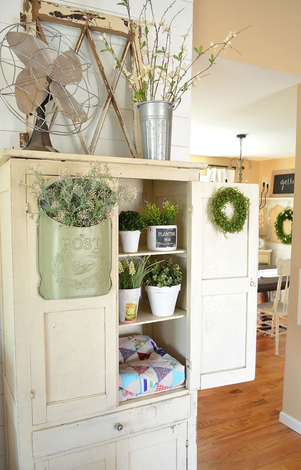 Simple and Beautiful Ways Decorate For Spring
