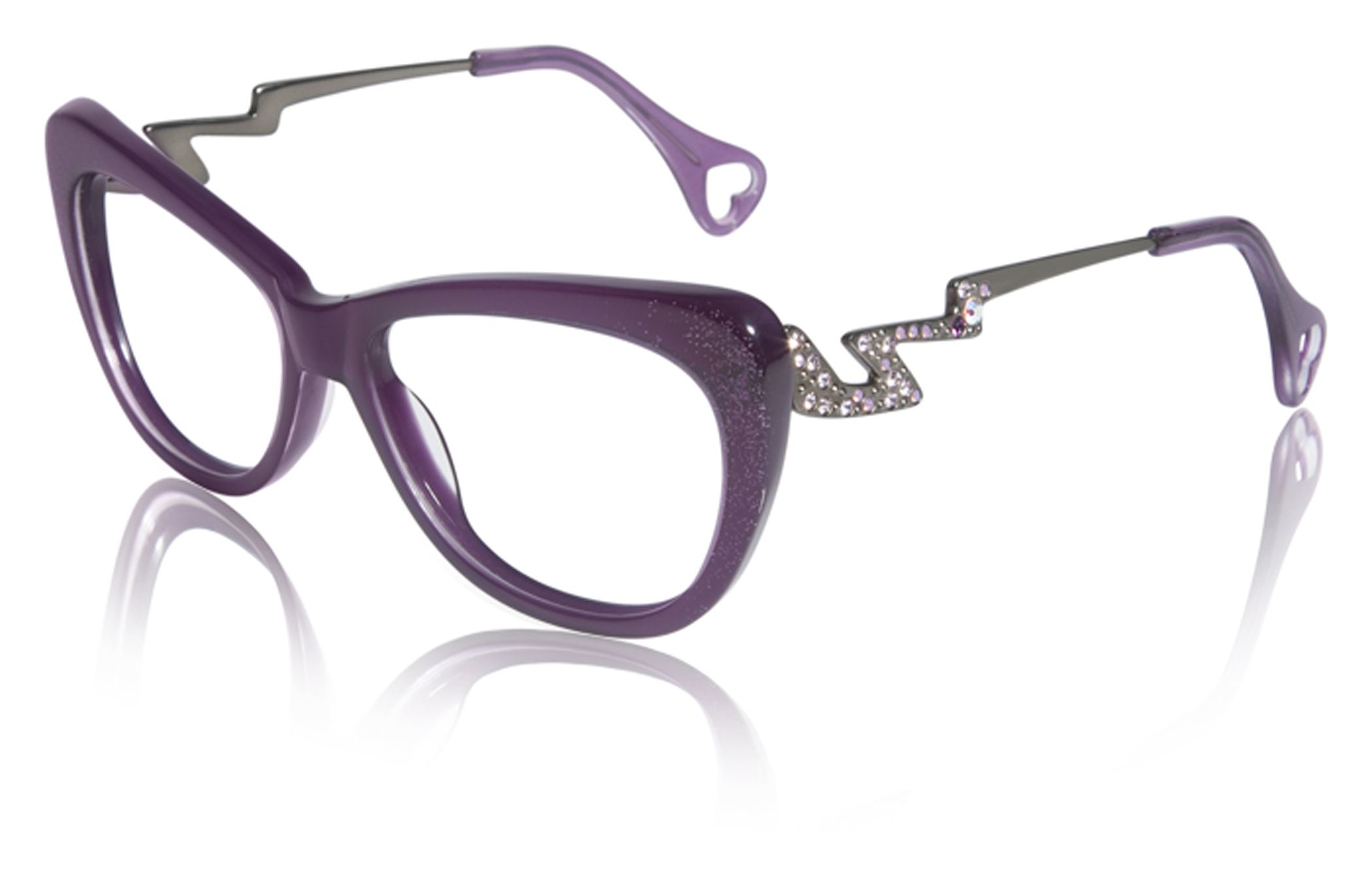 Betsey Johnson\'s newest eyewear collection \