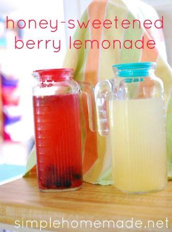 honey-sweetened berry lemonade