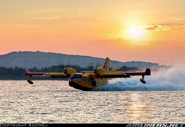 Canadair CL-215 | Canadair CL-215-6B11 CL-415 aircraft picture