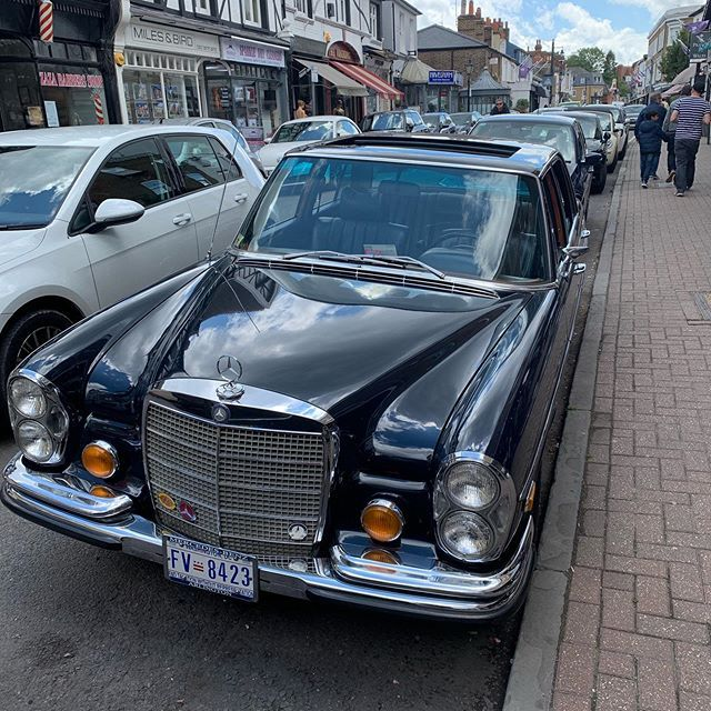 Mercedes #hamptoncourt #teddington #hamptonwick #london # ...