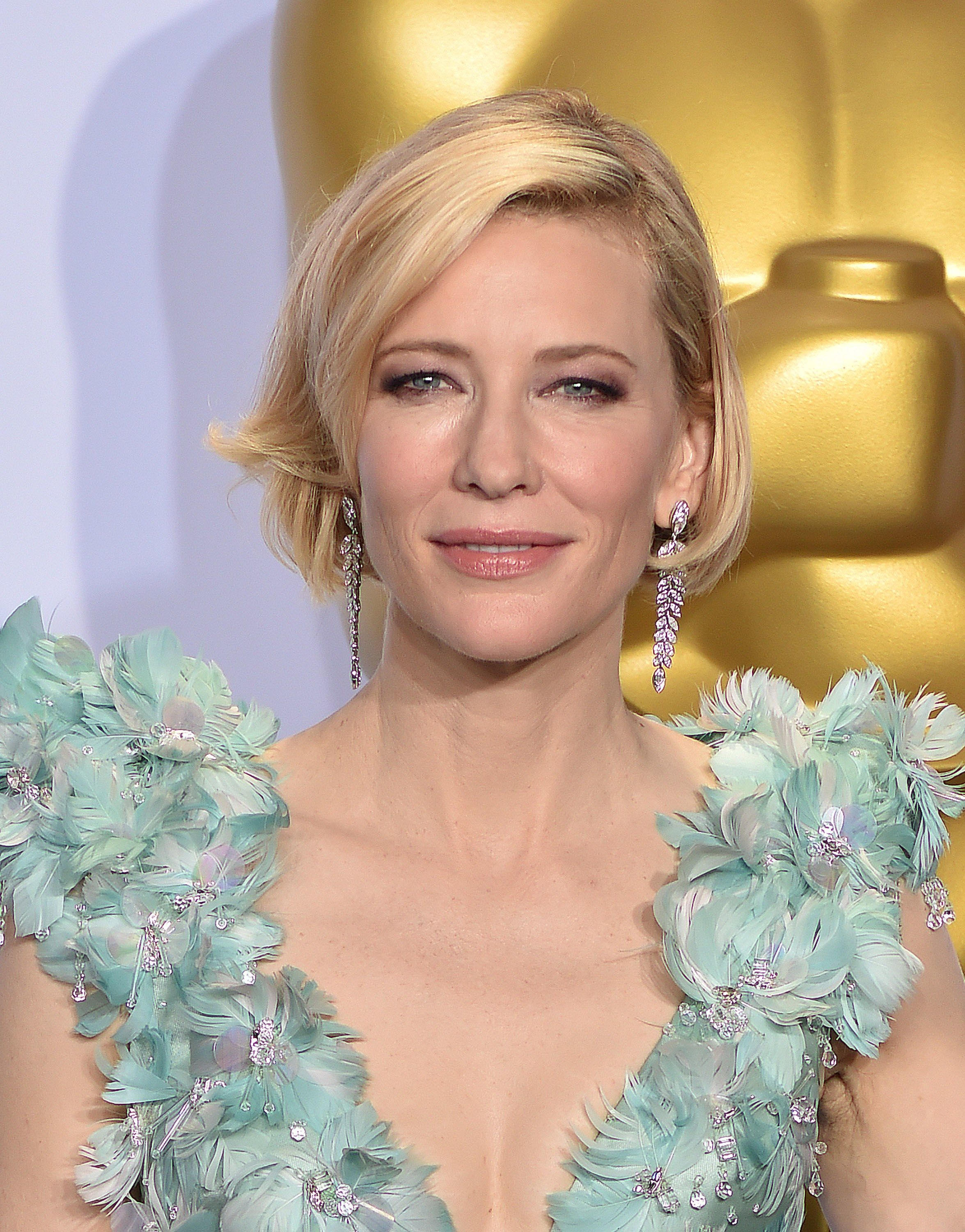 A Celebration Of Cate Blanchett S Age Defying Beauty