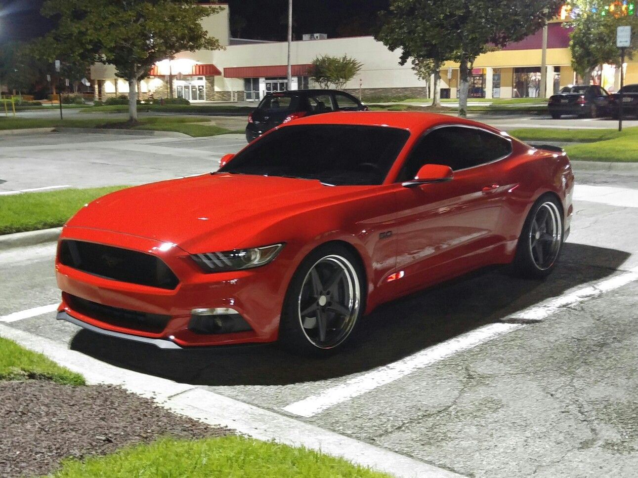 """2016 mustang 5.0 red 19"""" wheels in the front 20"""" offsets"""