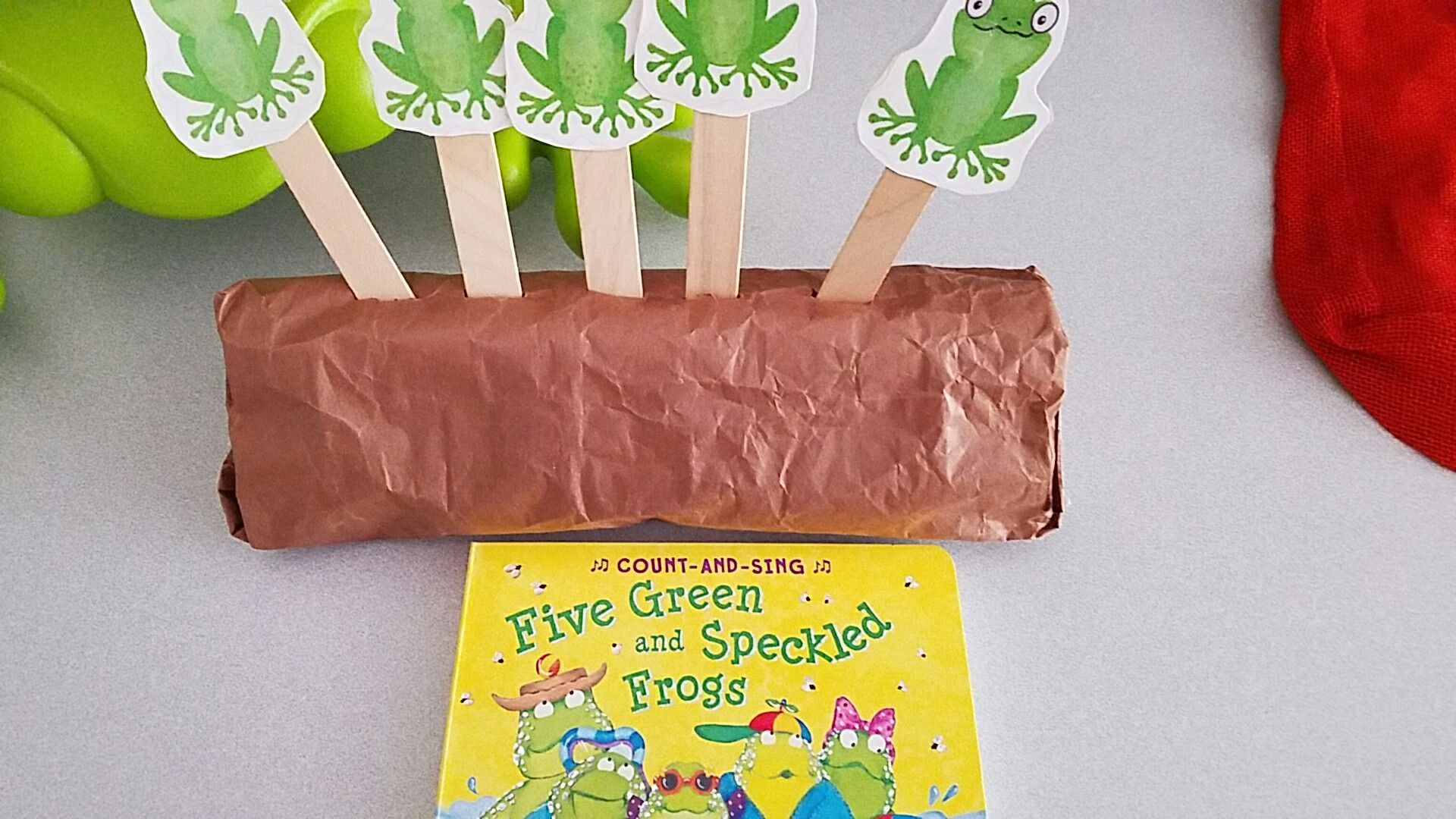 Five Green And Speckled Frogs Craft