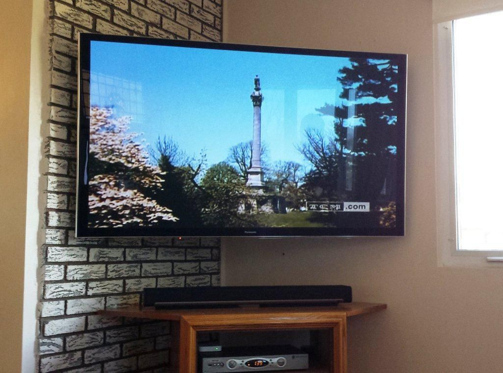 Living Rooms Tv Wall Mount Corner All In One Ideas