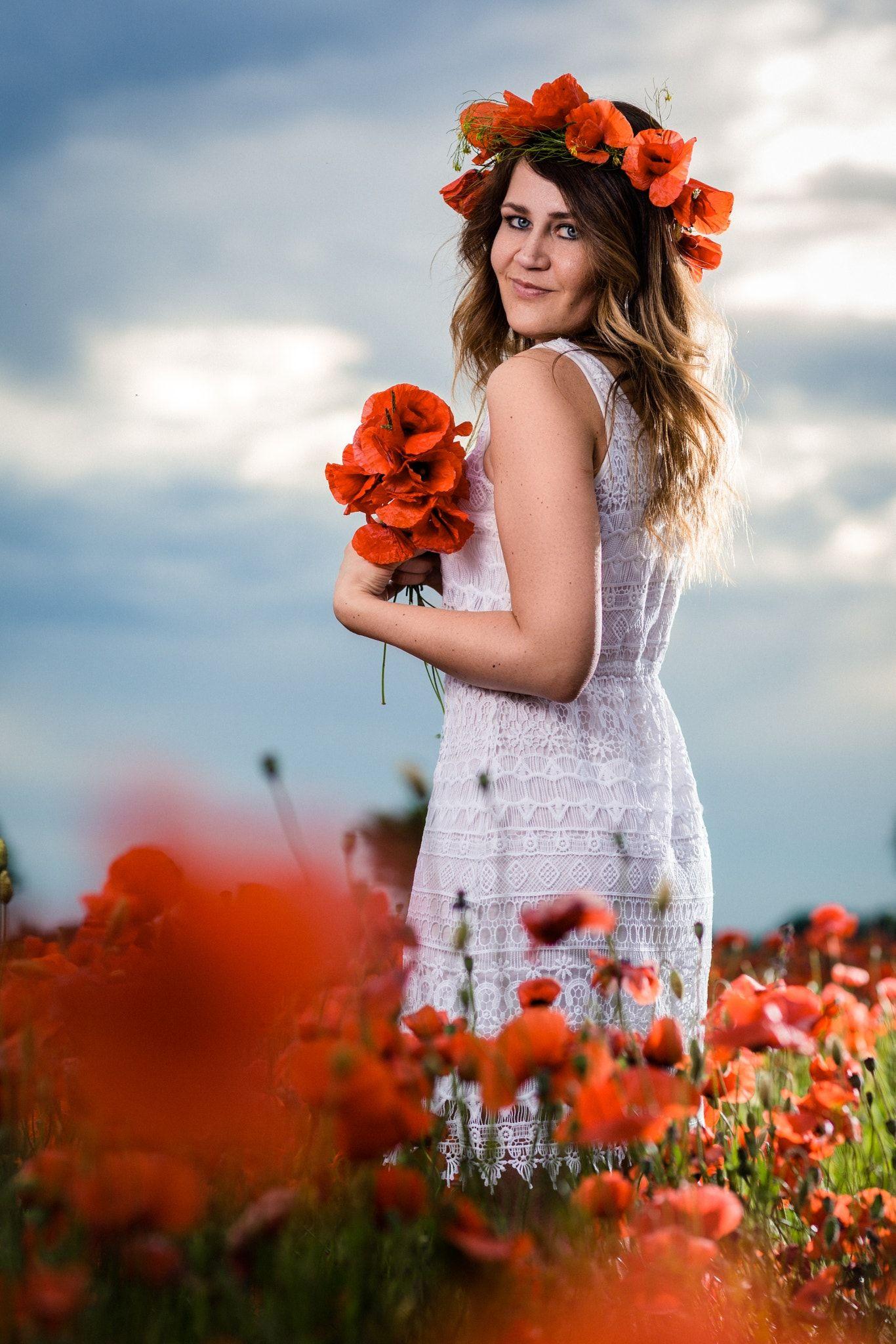 Poppy II - Model  Jenny   Robes romantiques et féminines   Pinterest ... d31961d8dc5b