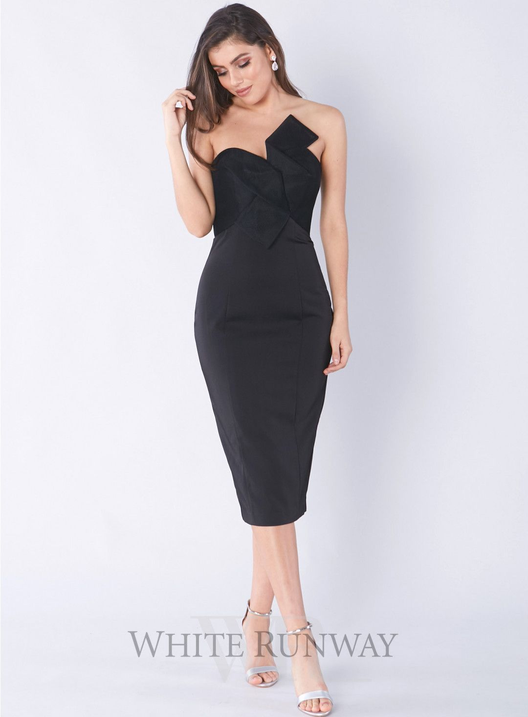 Evaleena Cocktail Dress A Stunning Lbd By Jadore A Fitted Strapless Style Featuring Mesh Detailing On The Cocktail Dress Dresses Dresses To Wear To A Wedding [ 1464 x 1080 Pixel ]