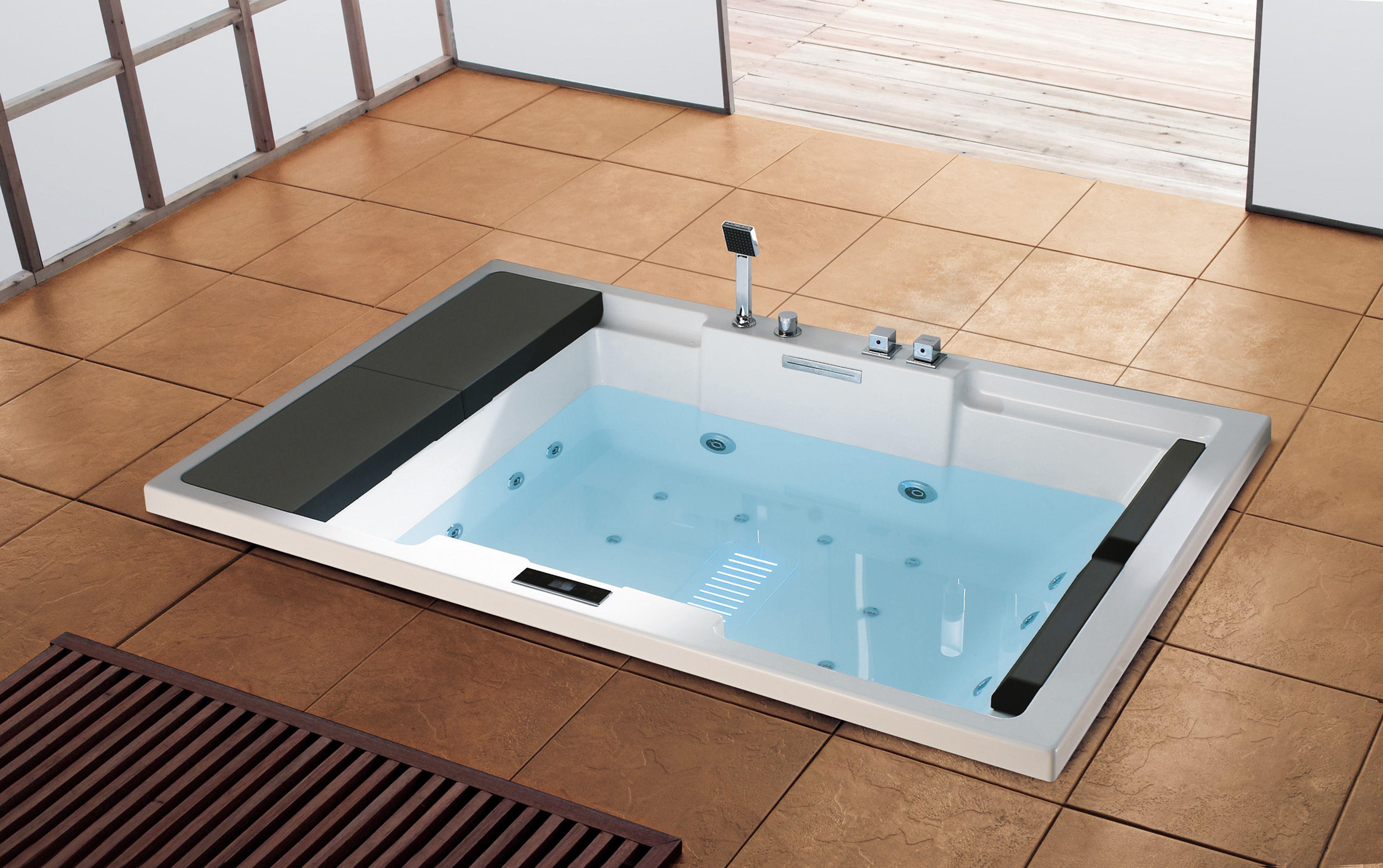 Pin By Kaitlin Williams On Home Corner Bathtub Bathtub Home
