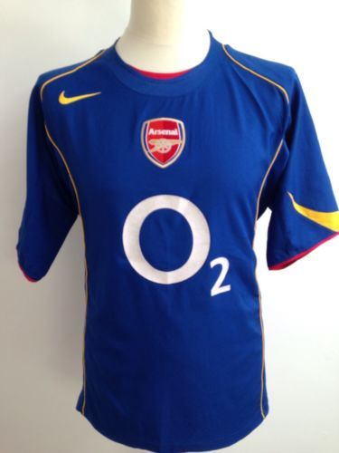 save off a8d2e bb063 Pin by Prima Fah on olahraga | Arsenal football shirt ...