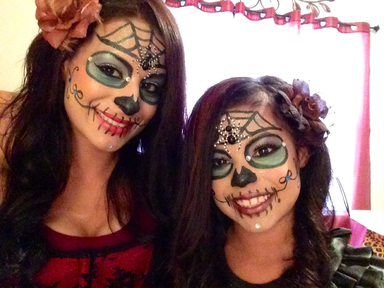 mother daughter muerte day of the dead make up candy skulls halloween costume spider web eyeshadow