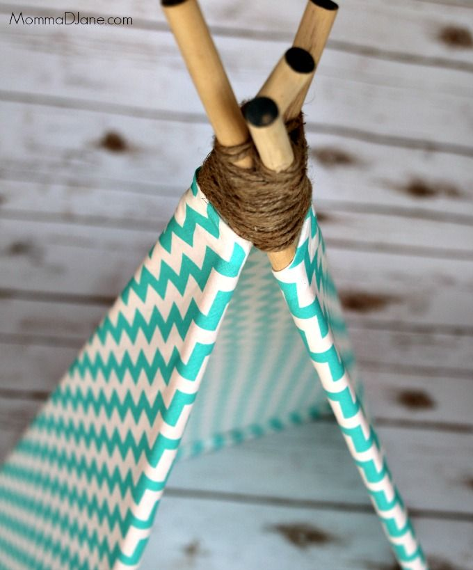 Do You Have A Cat Or Small Dog Get Creative And Make Them Their Very Own Teepee Follow These Step By Step Instructions With Ph Diy Cat Bed Diy Teepee Cat Diy