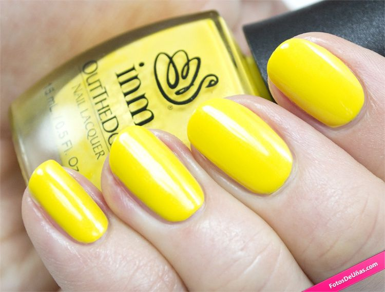 Manicura simple de color amarilla – Fotos De Uñas decoradas ...