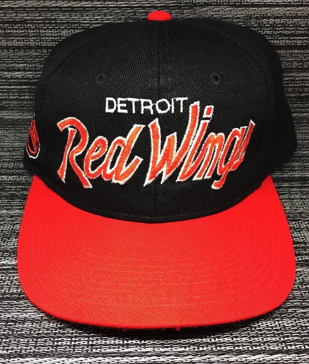 10ea61343 Detroit Red Wings Hat Vintage 1992 Script NHL Cap Sports Specialties  Snapback