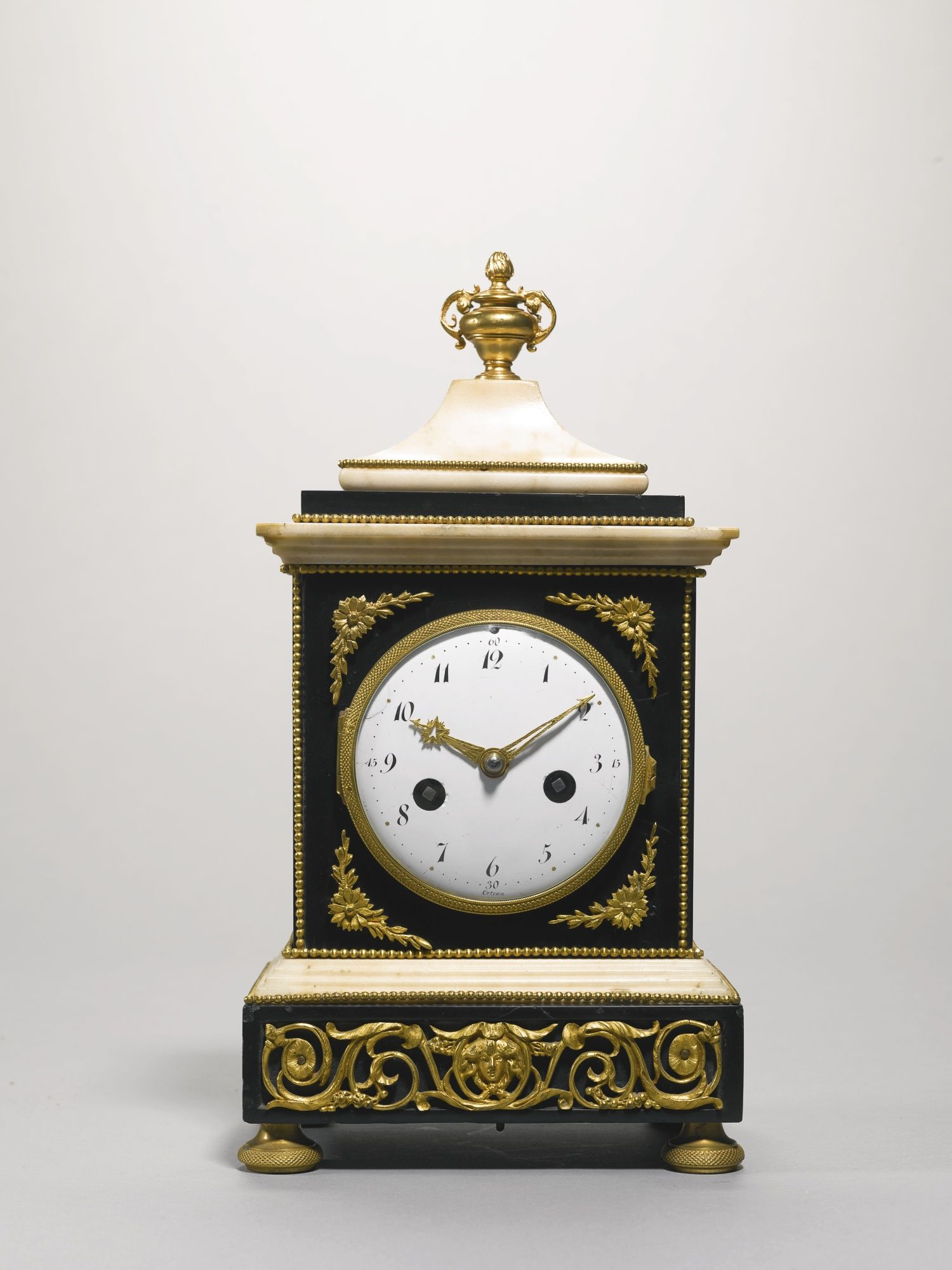 C1800 An Empire Black And White Marble Mantel Clock Circa 1800 Estimate 2 000 3 000 Gbp 3 047 4 571usd Lot S Black And White Marble Mantel Clock Mantel