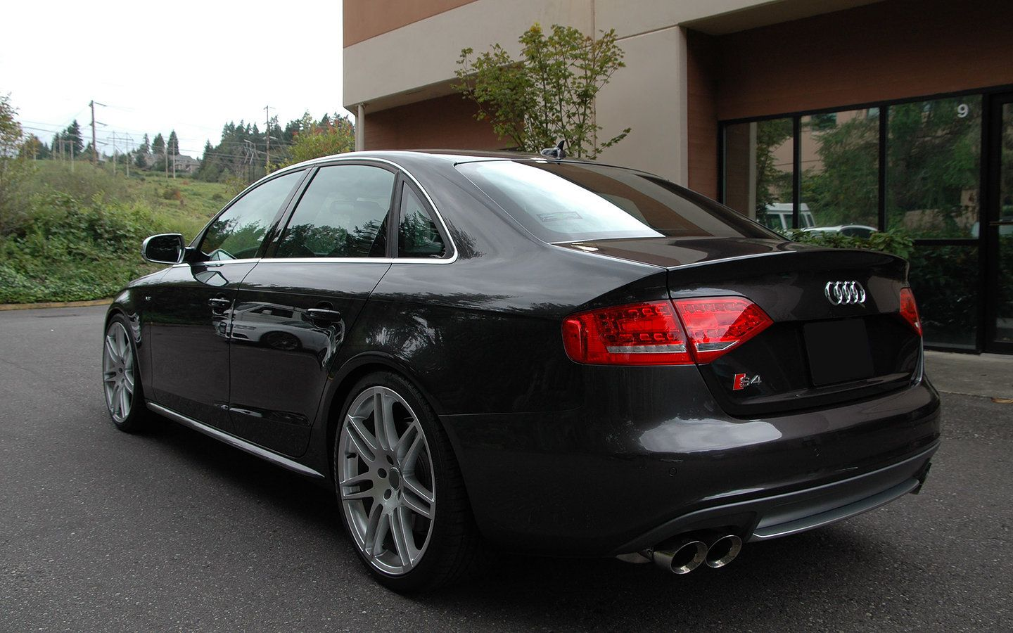 Audi b8 s4 on 20 inch hartmann b7 hrs4 252 gs wheels