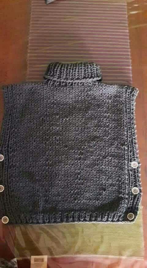 poncho c botones | Crochet | Pinterest | Botones, Telar y Cumple
