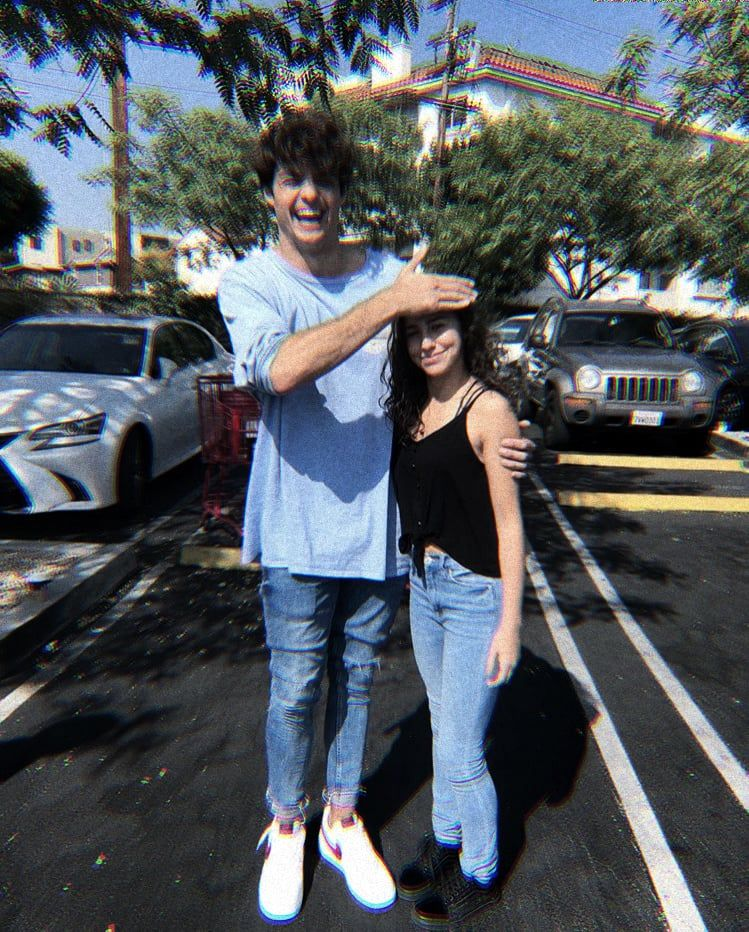 He Is So Cute If You Use This Photo Please Give Credits To I Consforyou On Instagram Tall Boyfriend Short Girlfriend Tall Boyfriend Tall Guys
