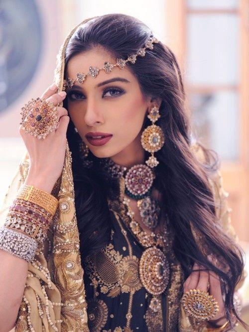 Bijoux de tête oriental indien