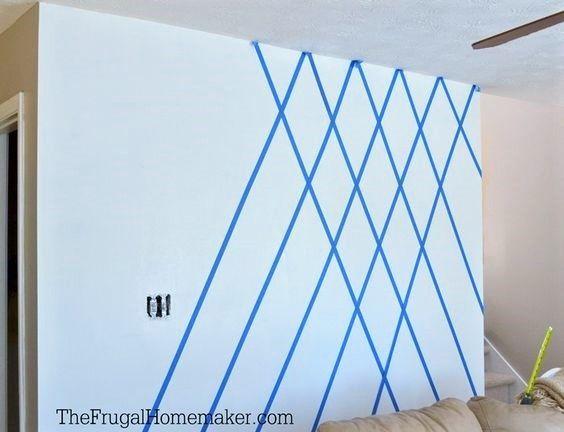 Les Motifs Gomtriques Sont Faciles  Raliser Sur Un Mur Avec Un