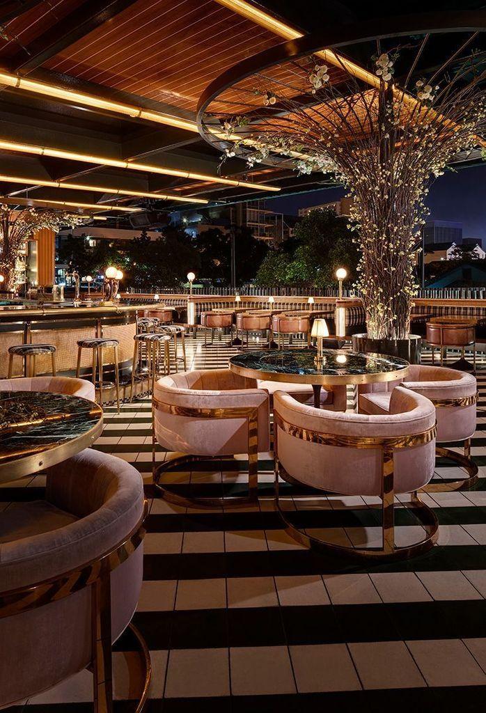 34 Best Outdoor Bar Ideas For Spring Ready Outdoor Spaces Bar Design Restaurant Restaurant Interior Design Restaurant Decor