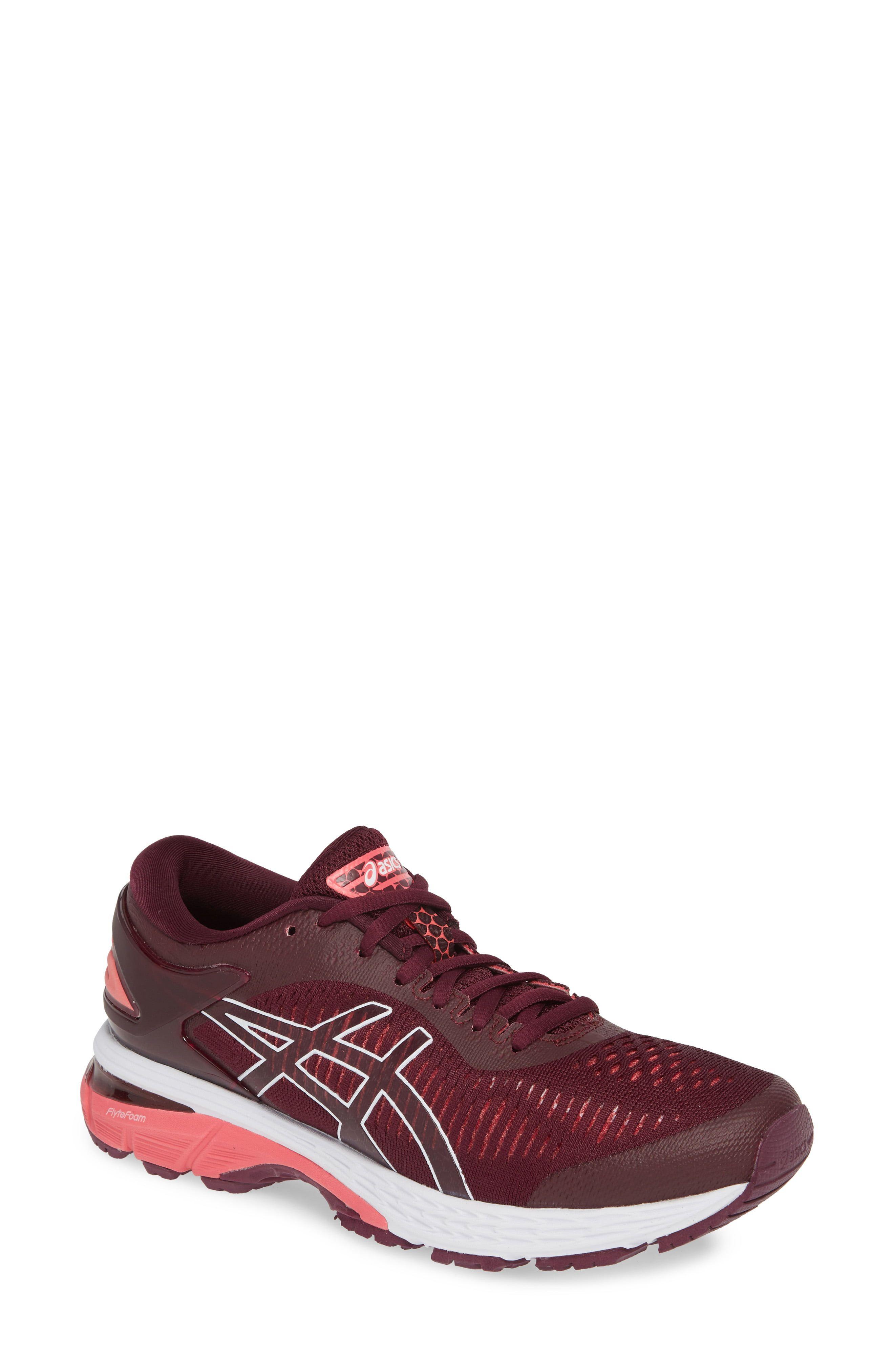 Asics(R) Gel Kayano(R) 25 Running Shoe (Men) in Black Ne