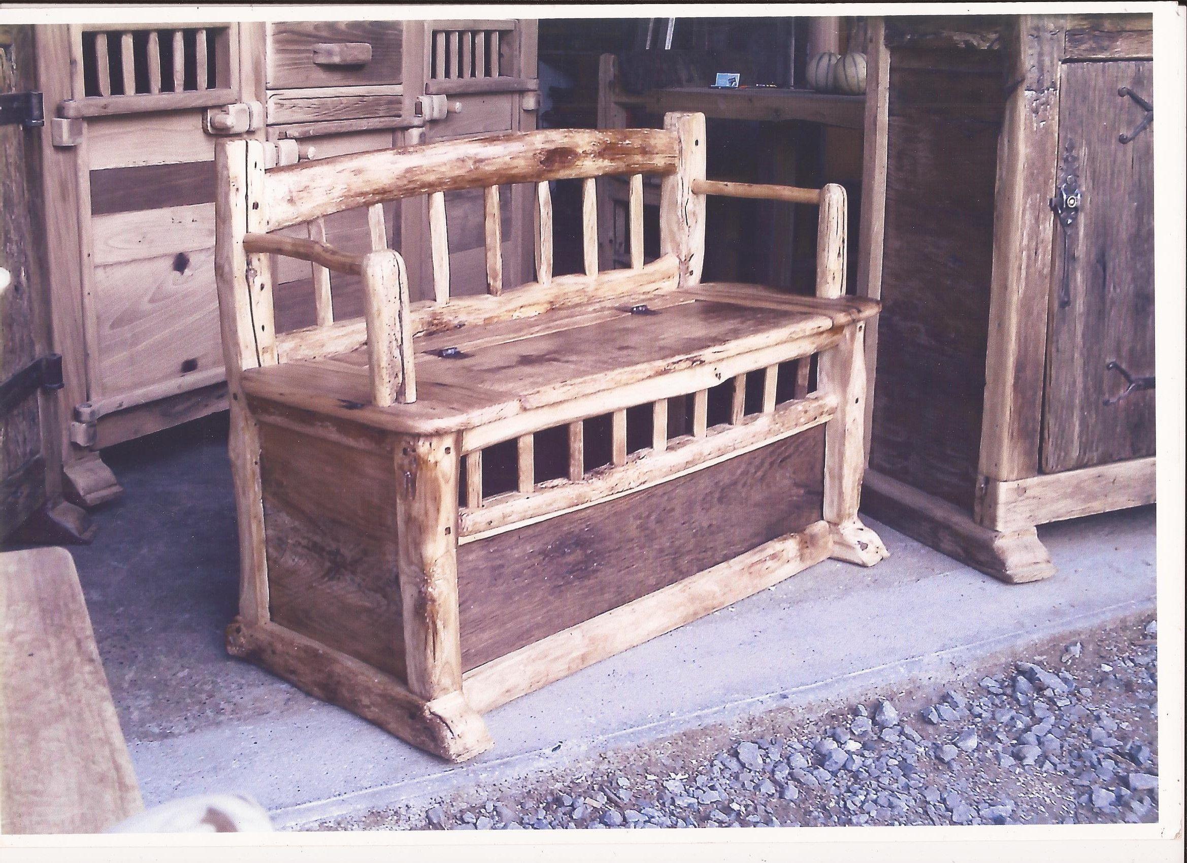 banc coffre meuble de art montagnard pinterest banc coffre bancs et deco bord de mer. Black Bedroom Furniture Sets. Home Design Ideas