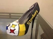 steelers high heels  | Pittsburgh Steelers Custom NFL High Heels ... | Pittsburgh Steelers...NEED for Sundays and Thursdays!
