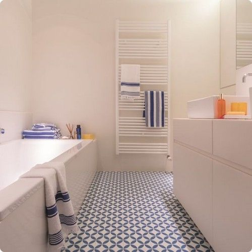 Floor Lino Bathroom: Victorian Ceramic Tile Effect