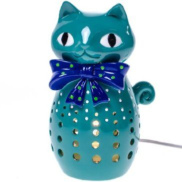 Charming turquoise cat-shaped lamp