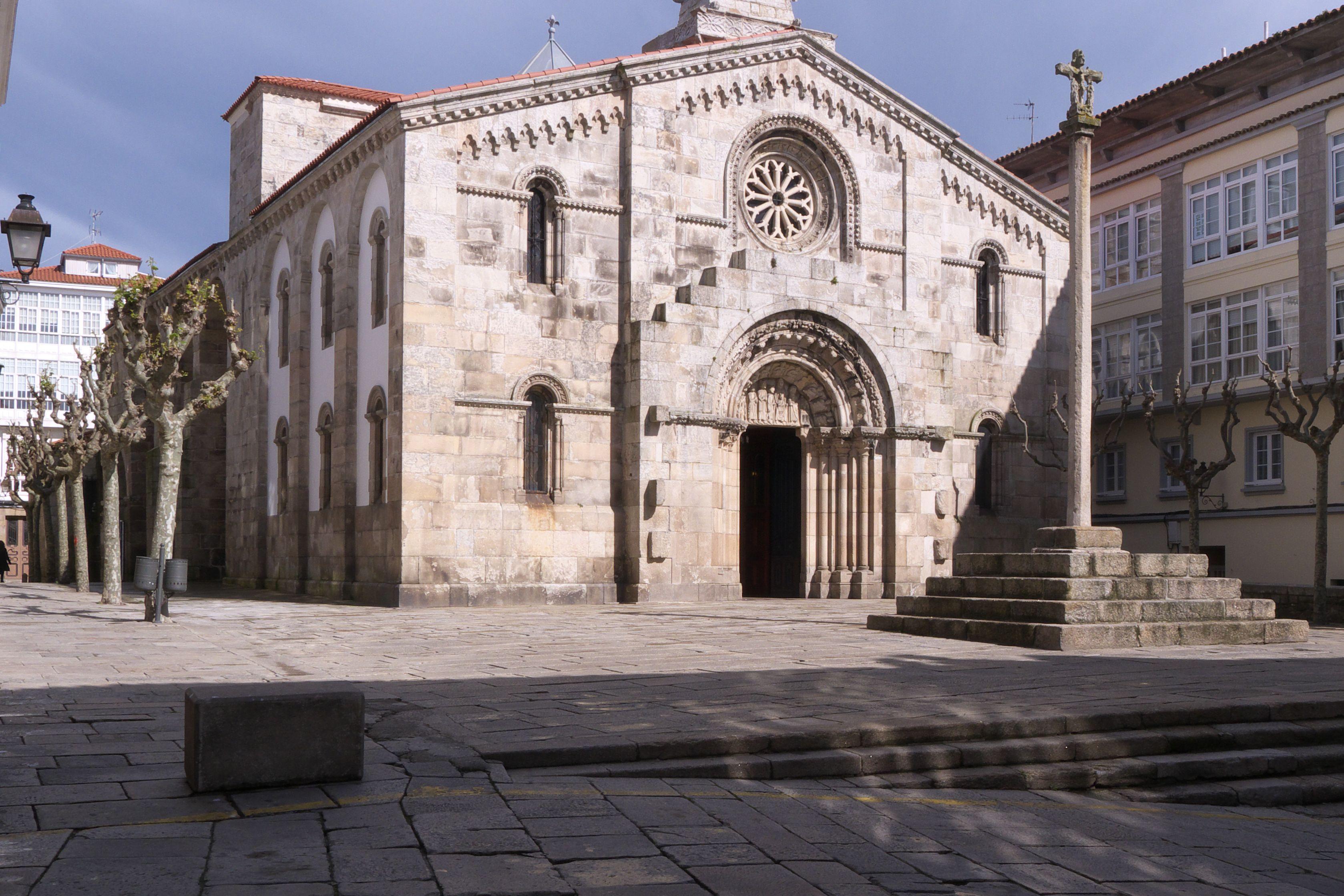 Real Colegiata De Santa María Del Campo La Coruña Magic Land Galicia Landmarks