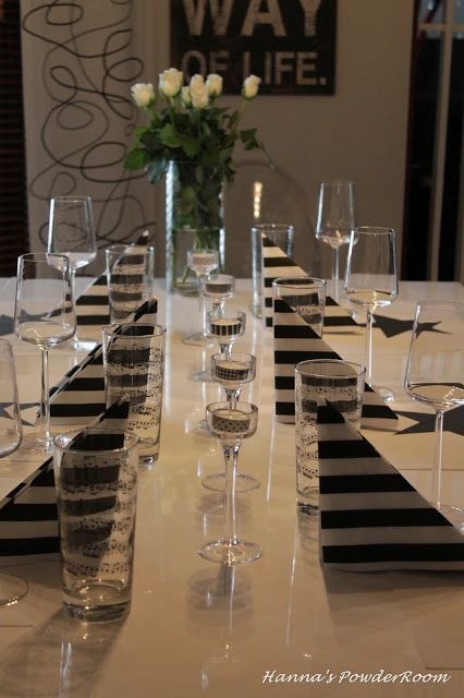 Black and white table decoration