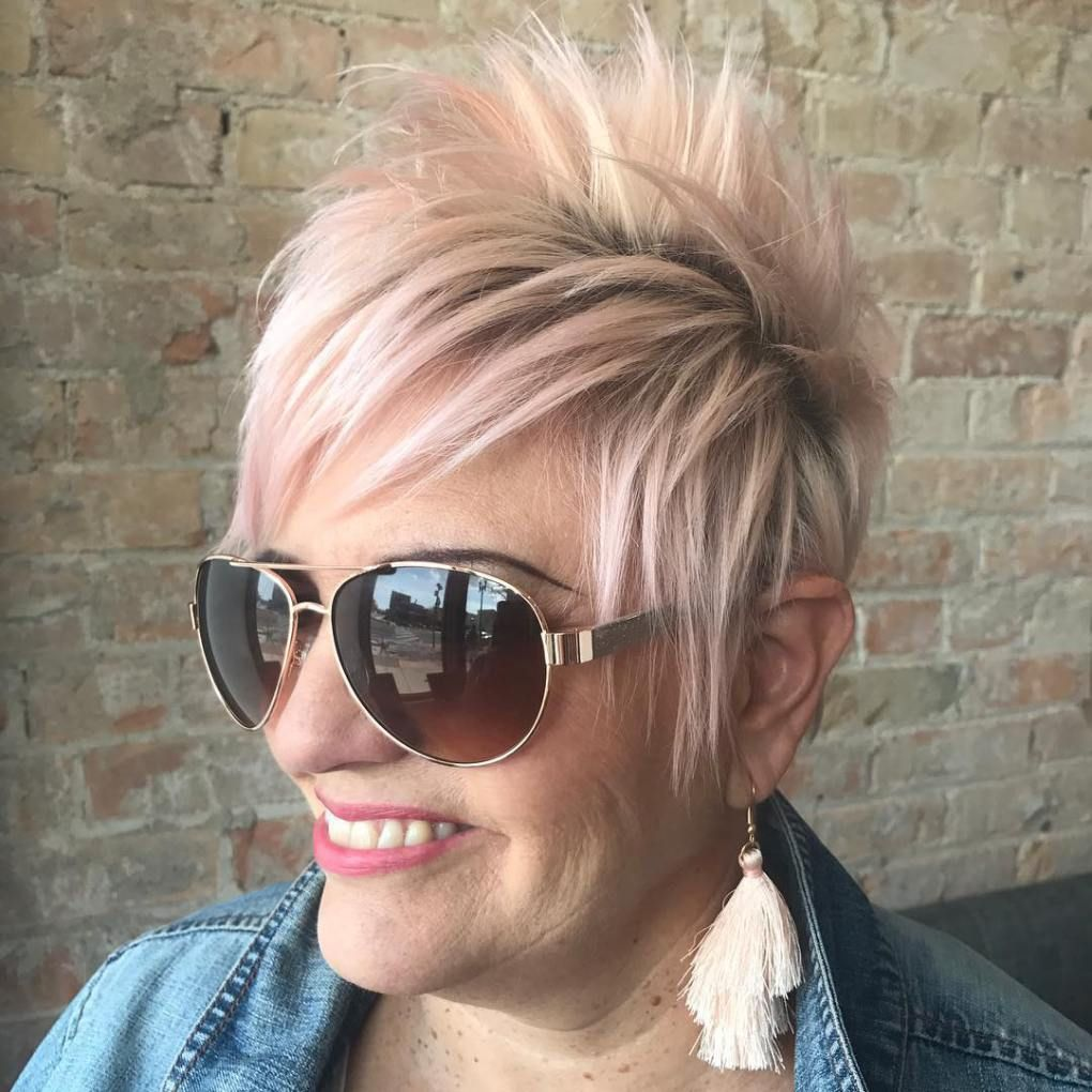 20 Universally Flattering Hairstyles for Women over 50 with Glasses
