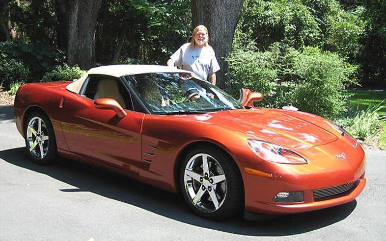 Photo of Gregg Allman  - car