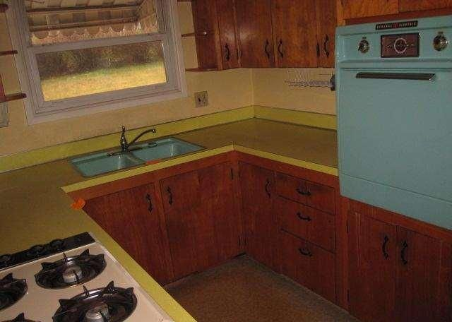 Original vintage blue paint wall oven kitchen 1950 for 1950 kitchen cabinets for sale
